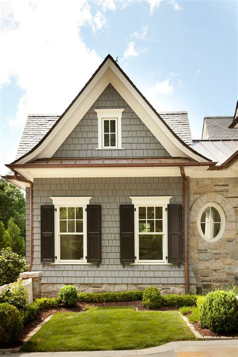 exterior paint colors for shingle style homes 25 best cedar shingle homes ideas on pinterest cedar