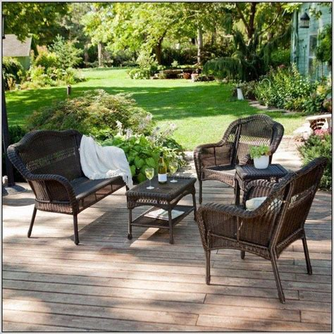 tips for your own outdoor furniture decor around