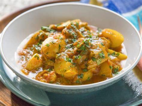 chicken curry  potatoes recipe tia mowry food network