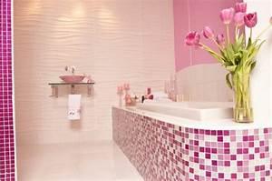 le carrelage mural de salle de bain archzinefr With carrelage rose salle de bain