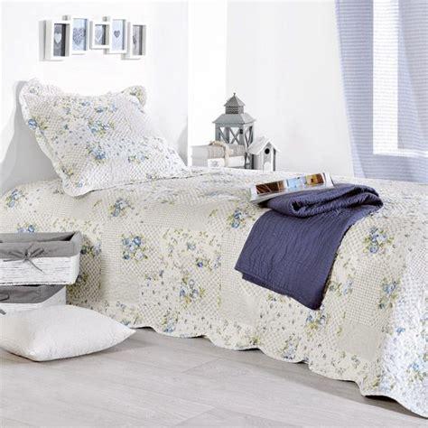 linge de maison boutis boutis et taie d oreiller 180 x 240 cm bleu couvre lit boutis eminza