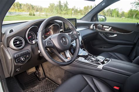 Discover the interior of the new glc suv: Review: 2017 Mercedes-Benz GLC 300 4MATIC | Canadian Auto ...