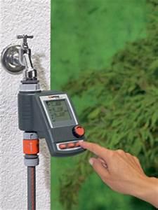 Arrosage Automatique Pelouse : arrosage eau programmateur tout ~ Melissatoandfro.com Idées de Décoration