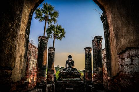 Burma Listed in Top Ten 2017 Travel Destinations