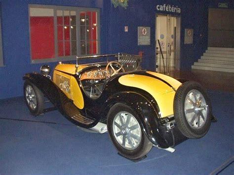 This is the origin of the fabulous roadster, each example c'est le coup de foudre de xavier de la chapelle pour la bugatti type 55 dessinée par jean, fils d'ettore, qui est à l'origine. (1934) Bugatti Type 55   Galerie   Veteráni i veterán - Oldtimers - Historická vozidla