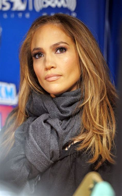 The neuter article in spanish only takes one form: Jennifer Lopez Latest Cute Sizzling Photos At Sirius FM ...