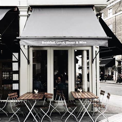 Najděte stock snímky na téma cozy corner coffee shop v hd a miliony dalších stock fotografií, ilustrací a vektorů bez autorských poplatků ve sbírce shutterstock. London Corner Cafés cred melodyjoyco   Coffee shop design, Cozy cafe, Coffee shop