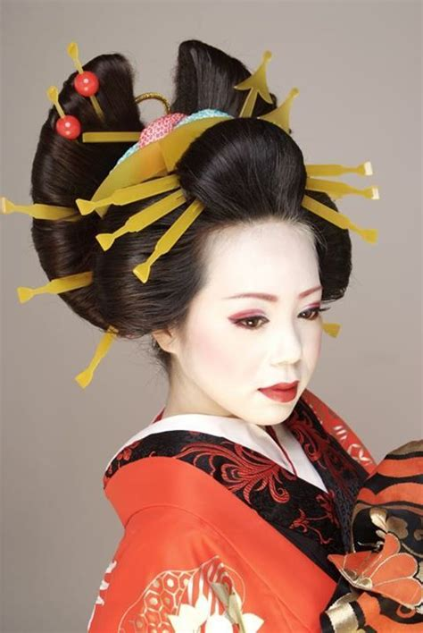 oiran hairstyle  kanzashi japan oiran kimono