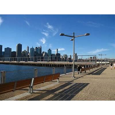 66 Square Feet (Plus): Brooklyn Bridge Park (again)