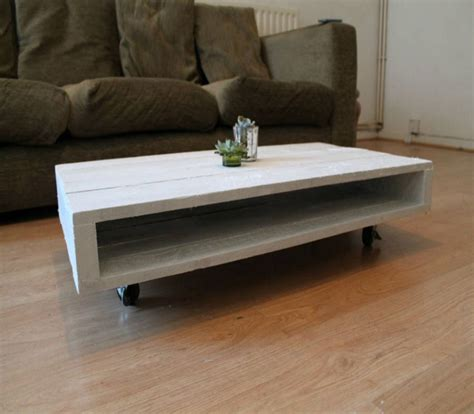 wooden pallet coffee tables  wheels pallet ideas