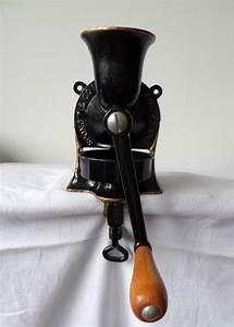 Black cast iron coffee grinder, Spong & Co Ltd No 1