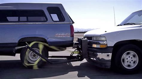 grappler rig stops police pursuits car news  top