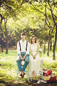 pre wedding photo shoot in korea with cherry blossom