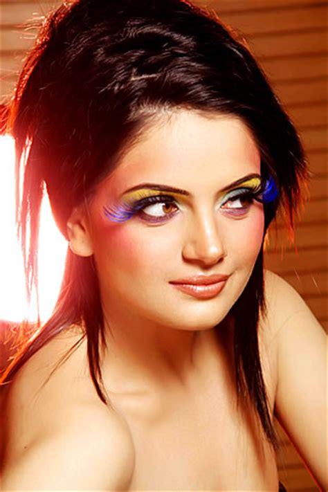 armeena rana khan pakistani model profile  gorgeous