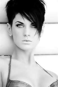coupe de cheveux courte pour femme 14 cool funky hairstyles pretty designs