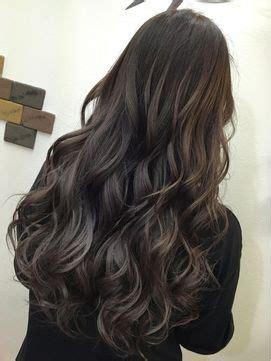 fashion hair style images 巻き髪 のおすすめアイデア 25 件以上 ウェービーヘア 完璧なカール 熱を使わないカール 9151