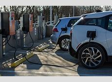 BMW, VW and ChargePoint to Bring 100 Fast DC Chargers to