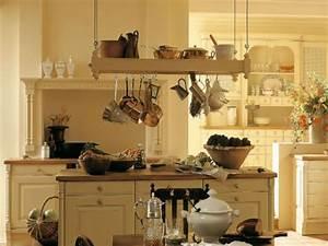 Ikea Hängeregal Küche : h ngeregal in der k che das ist beim kauf zu beachten ~ Markanthonyermac.com Haus und Dekorationen