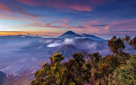 landscape sunrise indonesia stratovolcano java mount bromo