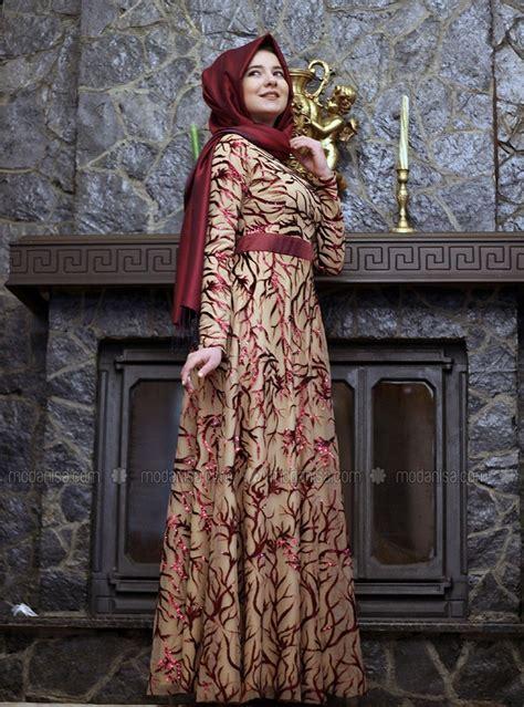 model baju muslim  pesta terbaru