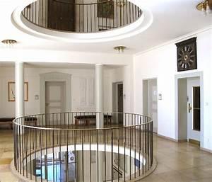 Was Ist Ein Architekt : paul schmitthenner links mit schal ist architekt des rathauses das moderne rathaus ersetzte ~ Frokenaadalensverden.com Haus und Dekorationen