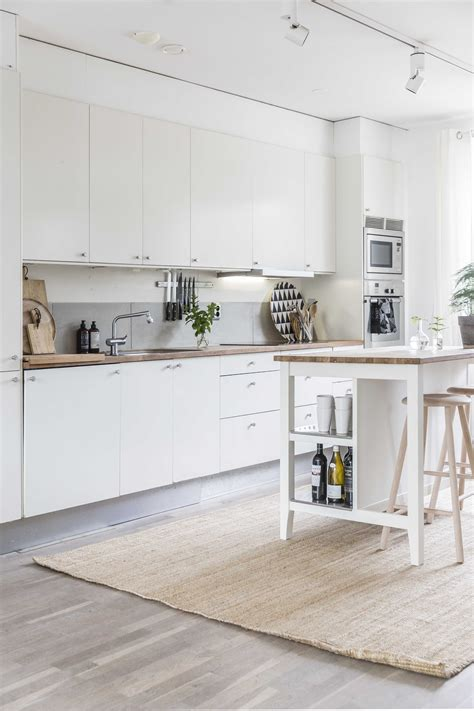 light and an open format kitchen is the key to