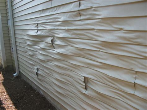 paint vinyl siding vinyl siding damage here s what to do lakeside painting