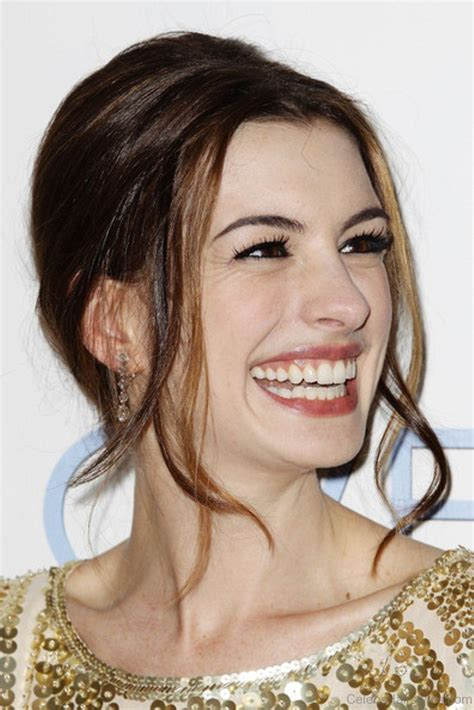 fantastic hairstyles  anne hathaway