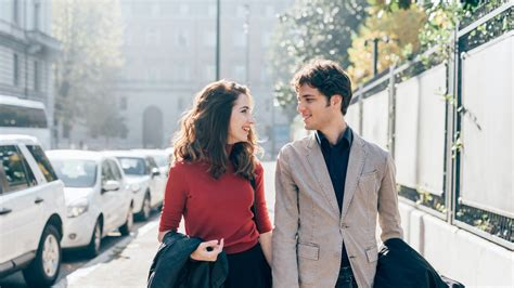 What Women Want On A First Date, According To A New Survey