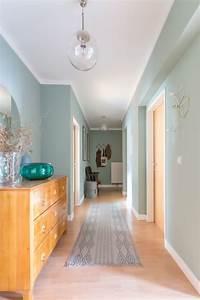 le vert de gris tendance couleur une couleur douce pour With quelle couleur peindre un couloir 6 relooking couloir chambre salon