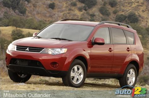 2008 Mitsubishi Outlander Xls by Auto123 New Cars Used Cars Auto Shows Car Reviews