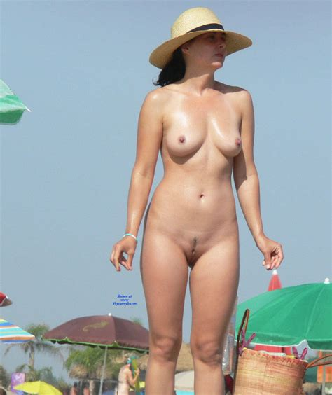 Standing Naked In Beach November Voyeur Web Hall Of Fame