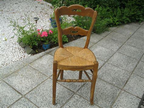 refaire une chaise en paille chaise en paille ancienne table de lit