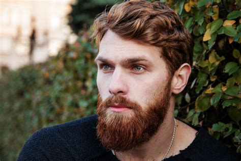 10 Natural Tips To Fix Patchy Beard And Fill In The Patchy Facial Hair