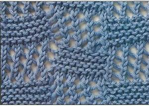 Bias Lace squares, learn this pretty knitting stitch