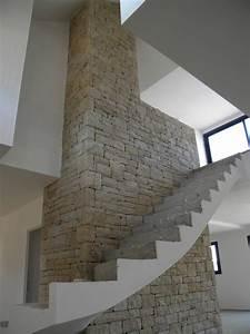 Pierre Pour Mur Intérieur : mur d coratif int rieur en pierre naturelle pour un escalier de 7 m tres de haut contemporain ~ Melissatoandfro.com Idées de Décoration