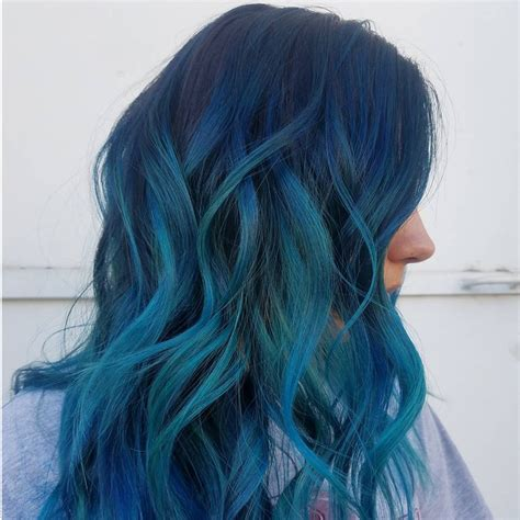 Ocean-Blue Hair Colors Are Making Waves on Instagram This ...