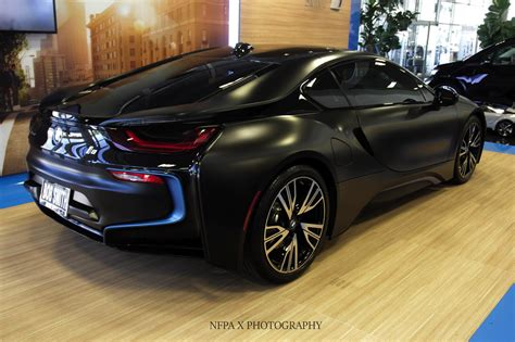 Bmw I8 Black And Blue by Bmw I8 Shines In Frozen Black