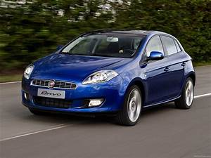 2011 Fiat Bravo Photos  Informations  Articles