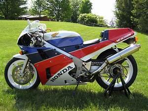 Honda Rc 30 : 1989 honda vfr750r rc30 moto zombdrive com ~ Melissatoandfro.com Idées de Décoration