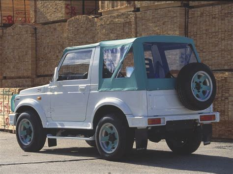Suzuki Samurai Reliability by 10 Best Used Suvs With Awd Autobytel