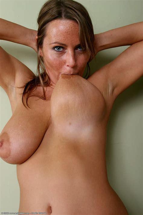 White Girl Big Natural Tits