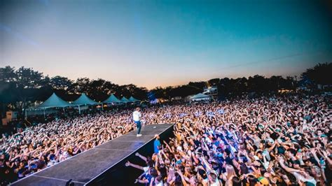 Event restrictions, check event websites for any updated current info. Top 10 Music Festivals in Michigan - Discotech - The #1 Nightlife App