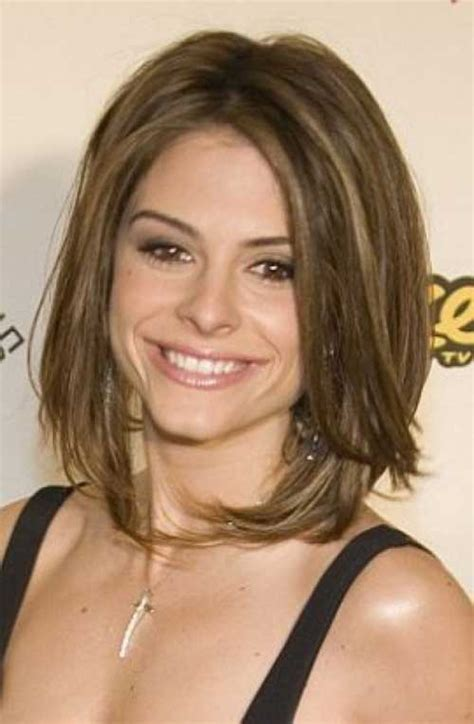 shoulder length hairstyles for women over 40 elle hairstyles