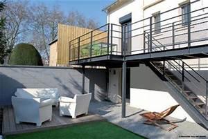 Terrasse Metallique Suspendue : 1000 images about terrasse on pinterest ~ Dallasstarsshop.com Idées de Décoration
