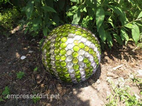 Lawn Ornaments And Garden Decor