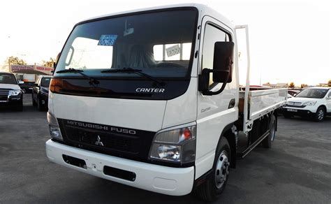 mitsubishi truck pictures mitsubishi fuso canter raseal motors fzco