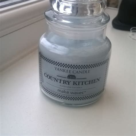 yankee candle country kitchen yankee candle make waves small jar country kitchen 1681