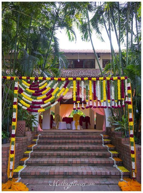 entrance decorations     flower