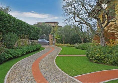 Ingressi Giardini - progettazione realizzazione giardini dimore esclusive